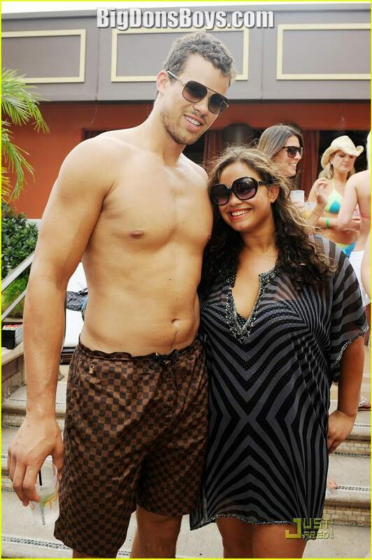 Kris Humphries Gallery