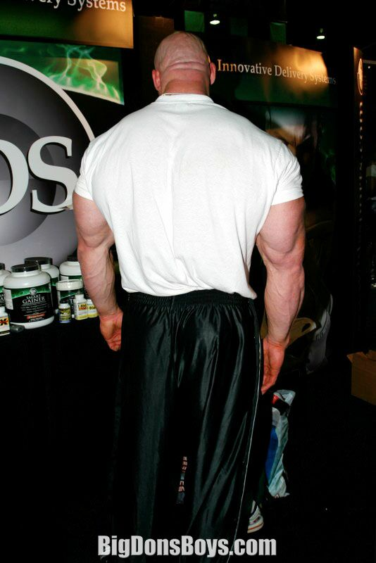 tall bodybuilder noah steere gallery page 2