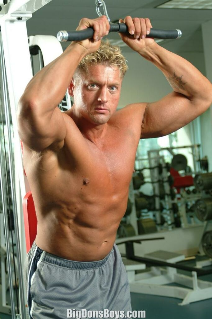 Tall Bodybuilders Page 6
