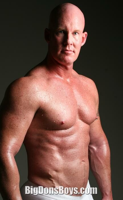 Tall Bodybuilders Page 14