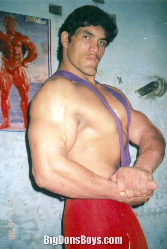 dalip singh bench press