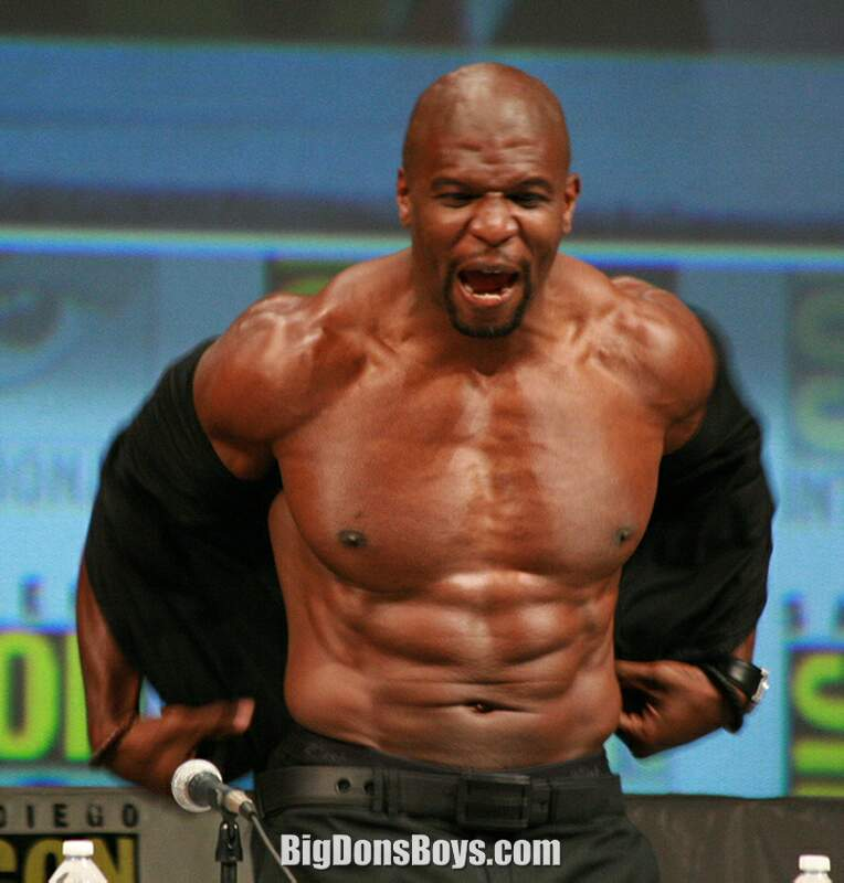 Topless terry crews with small white chicks — pic 9