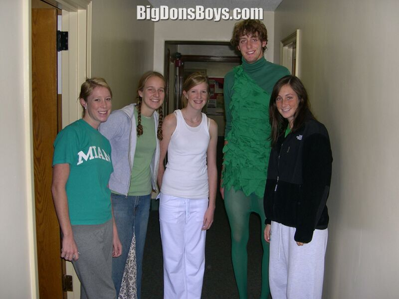 Tall Y Men In Costumes Uniforms Page 4  sc 1 st  Hallowen Costum Udaf & halloween costumes for tall guys - Hallowen Costum Udaf