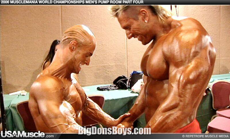 Gay body builder wrestlers