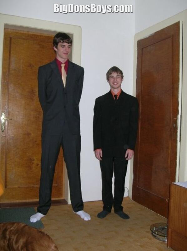 tallman single men Tall singles community for tall women over 5ft9 and tall men over 6ft2 (tall dating.
